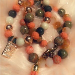 Jewelry - Fitted Bracelet Women Set (Coral and Forest Green)